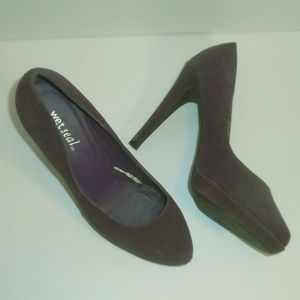 Wet Seal purple fsux suede platforms